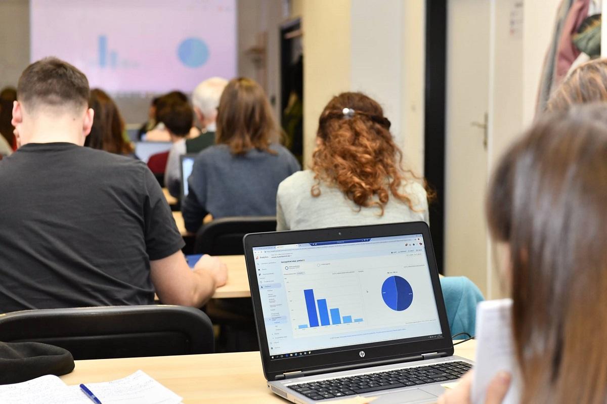Google Analytics - seminár v InQb