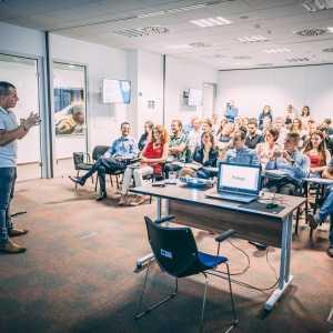 Medzinárodný networking a skúsení mentori zdarma - pridaj sa aj ty do programu Playpark Bratislava!